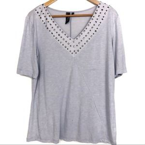 5/$25 Black Poppy Gray Studded V Neck Blouse Large